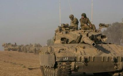 Israeli soldiers outside Gaza, July 10, 2014.