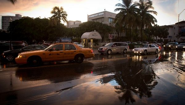 Miami Residents Now Suffer Economic Conditions Similar to Mexico City