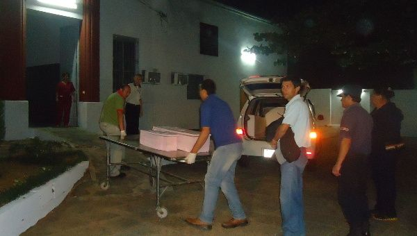The bodies of the two girls victims of the fumigations on Tuesday (FNC)