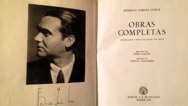September 1st 1939 analysis essay