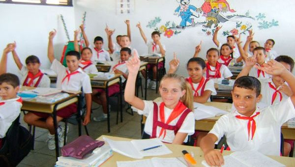 Los cubanos reciben más educación que más de 200 millones de personas en América Latina (Foto:Archivo)