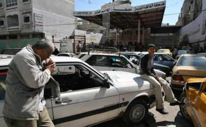 Shortage of gasoline in Gaza during the blockade on 2008. (Photo: EFE)
