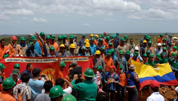 Oil sector workers on a strike in Oct. 2011. (Photo: Sara G. Mendeza)