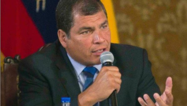 Rafael Correa approval rating
