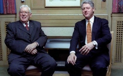 Former U.S. President Bill Clinton (R) meeting with Ian Paisley in Belfast, 1995 (Photo: Reuters)