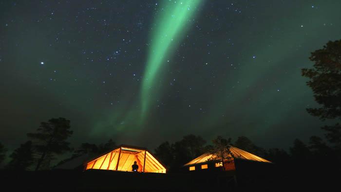 En la mitología nórdica, la aurora era un puente de fuego construido por los dioses y que conducía al cielo. Reuters
