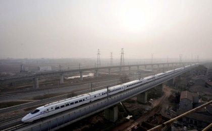 Chinese Railway Corporation Expands Operations (Photo: Reuters)