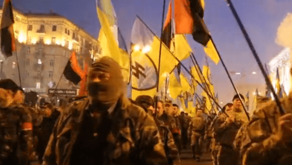 Svoboda militants march in Kiev (Photo: Ruptly).