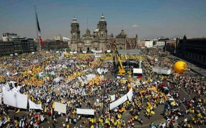 Thousands of Mexicans have taken the streets on several ocasions to protest against the energy reform. (Photo: Reuters)