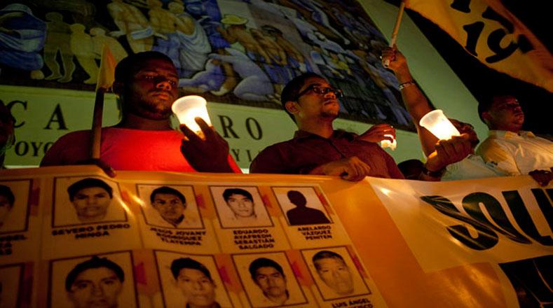 República Dominicana también se unió al reclamo del mundo e hizo vigila por Ayotzinapa