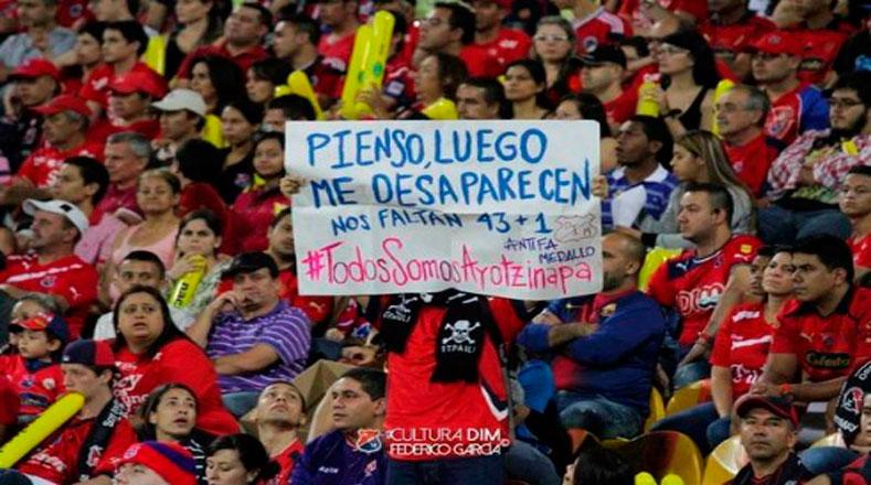La demanda fue intensa y los colombianos pidieron el regreso de los 43 normalistas vivos con actos culturales