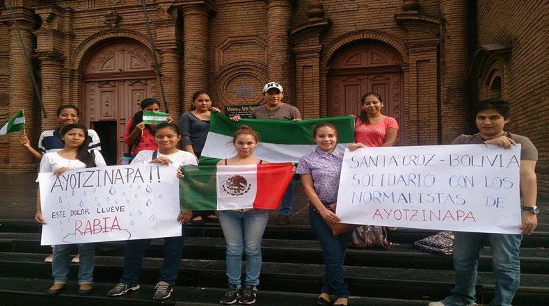 Esa demanda también la hicieron jóvenes del departamento de Santa Cruz, Bolivia.