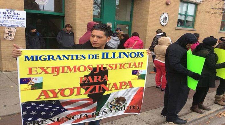 También es de los migrantes en el estado Illinois que exigieron la renuncia de EPN