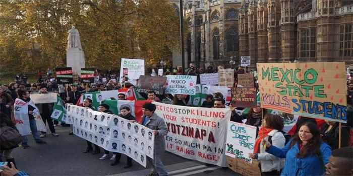 Estudiantes en Londres también se solidarizan con el caso Ayotzinapa. (Foto: London Mexico Solidarity Group)