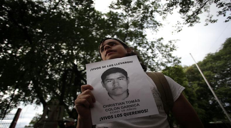 Jóvenes panameños en la lucha por Ayotzinapa