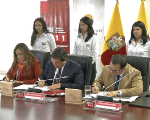 Cooperation agreements signed between state institutions (teleSUR)