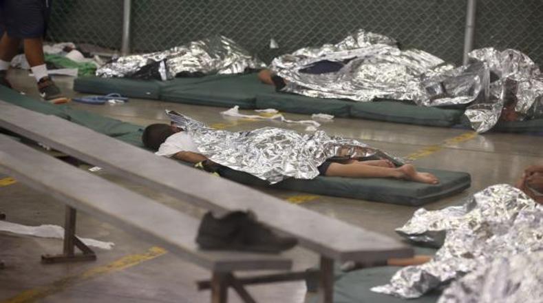 En algunos casos, los centros de detención tienen menores condiciones que una cárcel tradicional estadounidense. Brownsville, Texas.