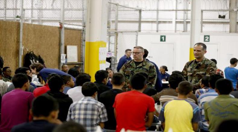 Nogales sirve de ubicación temporal antes de ser enviados a otros centros de detención.