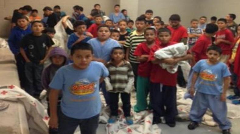 En este centro al sur de Texas, los niños son privados de libertad.