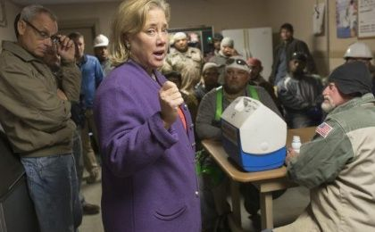 Democratic Sen. Mary Landrieu speaks to workers at Weeks Marine, a private dredging and stevedoring company, in Houma, Louisiana November 25, 2014. (Photo: Reuters/Lee Celano)