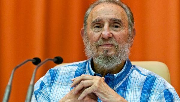 """El líder de la Revolución cubana, Fidel Castro, de 88 años de edad, fue reconocido por sus """"esfuerzos para resolver las crisis internacionales""""."""