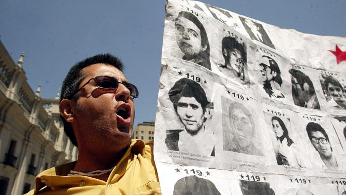 Condenan a 23 exagentes de la dictadura de Pinochet