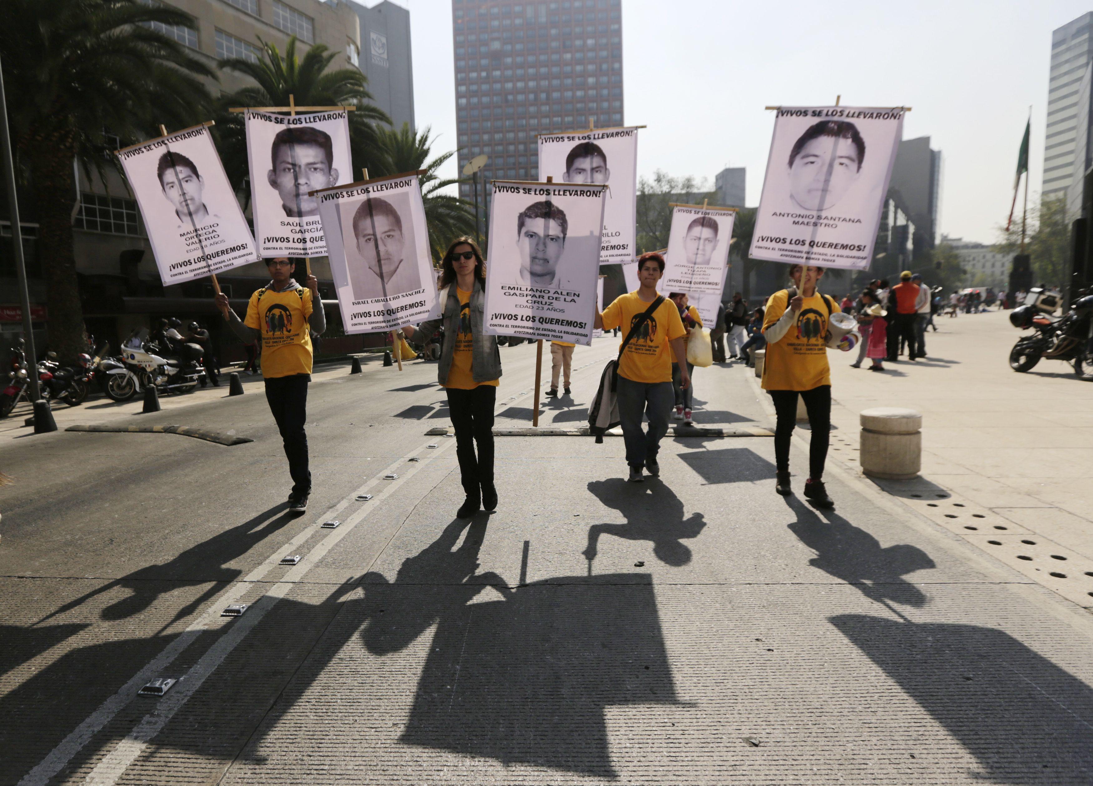 Veinte ciudades de EE.UU. protestan contra Peña Nieto