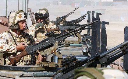 NATO-led ISAF soldiers keep guard in Afghanistan (Photo:AFP)