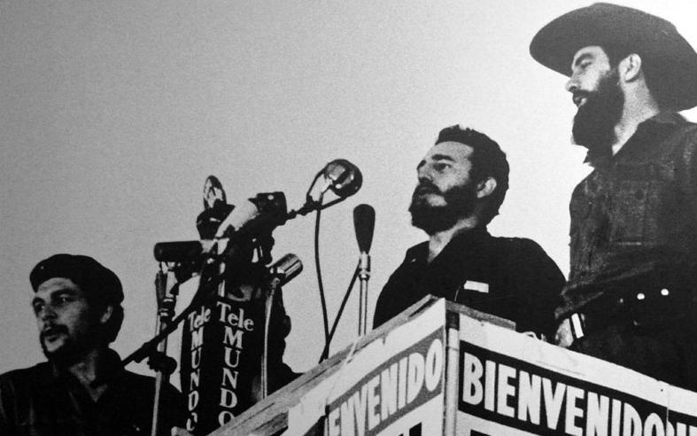 Los legendarios Comandantes Che Guevara, Camilo Cienfuegos y Fidel Castro