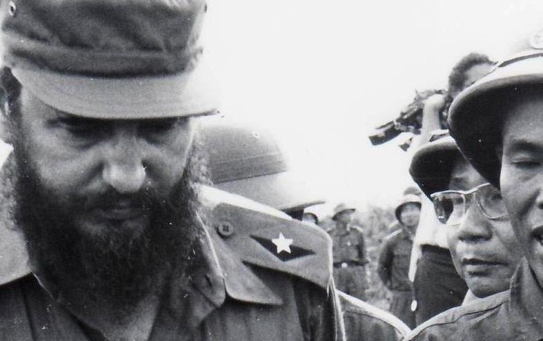 Cuba solidaria con Vietnam. Fidel y el líder vietnamita Ho Chi Minh durante su visita al país asiático en 1973