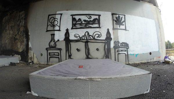 Graffiti Artist Draws Attention To Homelessness In Los