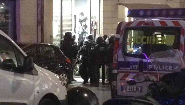 1 person taken hostage in jewelery store in france news