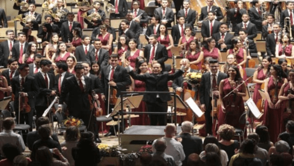The Youth Orchestra of Caracas was applauded for 10 minutes in Zurich