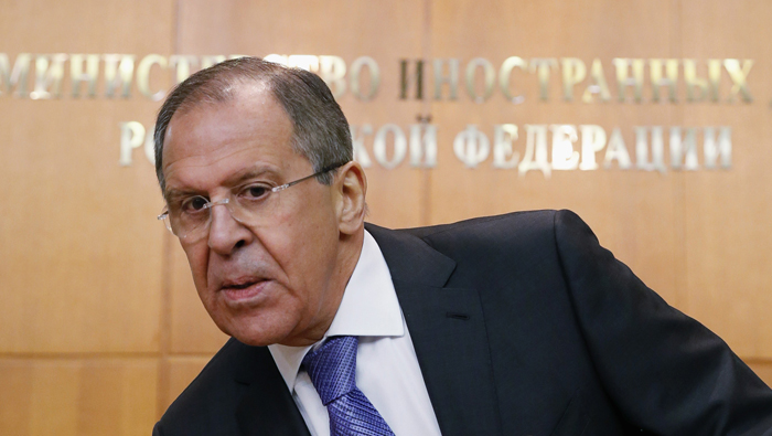 Lavrov: Washington planea desplegar mil 200 blindados, incluidos 250 carros de combate.