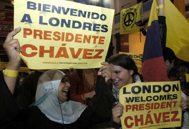 Supporters gather in London during a 2006 visit where President Chavez signed a cooperation agreement with Mayor Ken Livingstone.