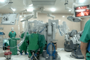 Ecuadorean doctors will train medical professionals in a variety of procedures using the the DaVinci Robot.