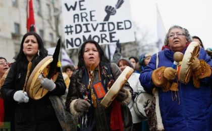 Indigenous protesters march towards Canada