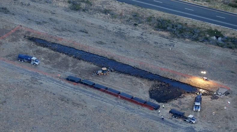 El oleoducto dañado pertenece a la compañía Plains All American Pipeline.