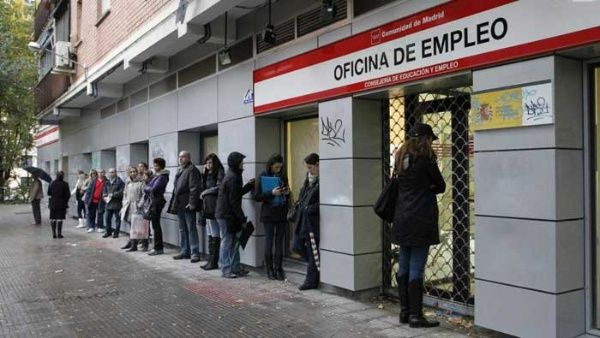 sondeo desempleo y corrupci n principales problemas en