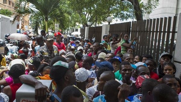 Dominicans Slam Government Hypocrisy as OAS Mission Concludes