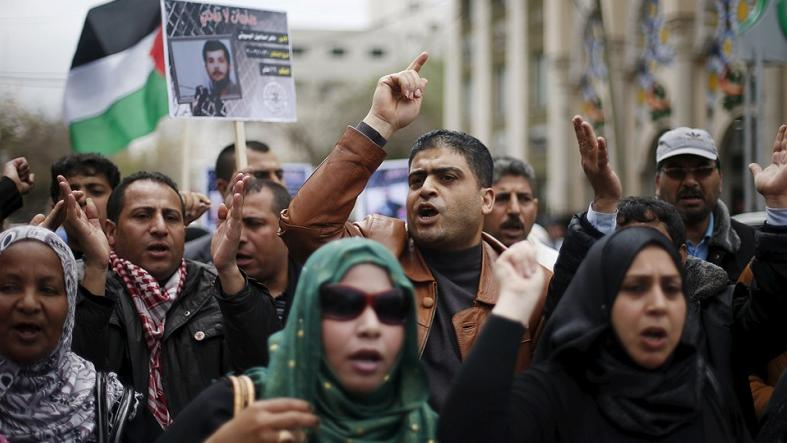 Israel Will Force-Feed Palestinian Prisoners on Hunger Strikes