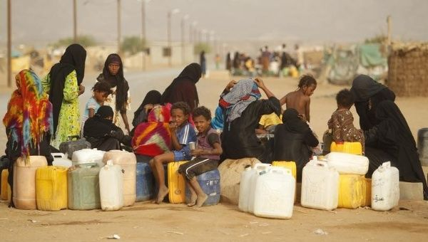 An estimated 4000 people have been killed in Yemen-s conflict since March, while 1.3 million people have been displaced.
