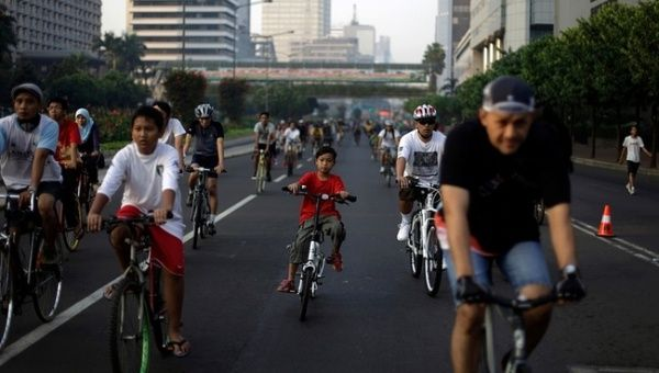 Cities world wide have participated in car free days, including Jakarta, Indonesia.