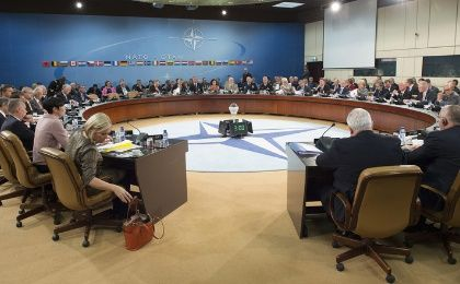 The defense ministers of NATO member countries met in Brussels