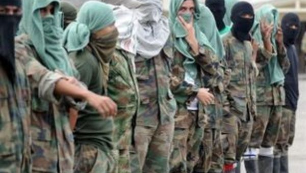 Members of an Antioquia paramilitary group (Photo: EFE).