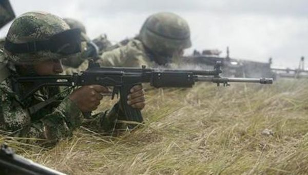 File photo of Colombian troops conducting a training exercise. As many as 800 Colombian nationals could soon be fighting in Yemen.
