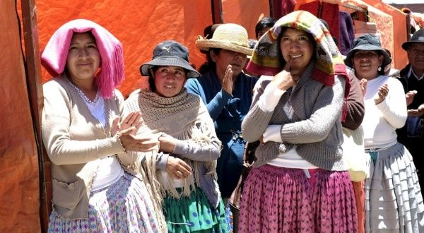 Expo Stand Bolivia : Bolivia has cut extreme poverty in half since news