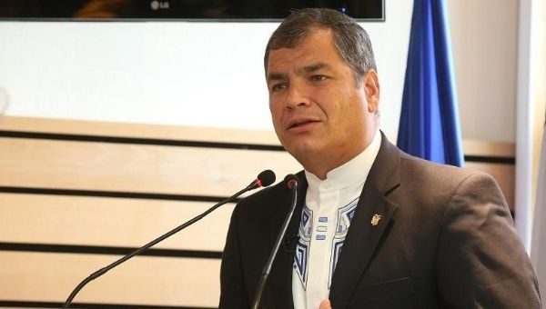 Ecuadorean President Rafael Correa reiterated his call for an International Climate Justice Court during a speech at the University of Poitiers, France, Nov. 27. 2015.