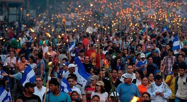 Resultado de imagen para honduras crisis politica y estado fallido