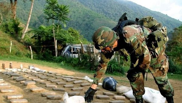 a history of drug cartel in colombia and the us The united states and colombia: from security partners to global partners in  peace  this promising new chapter in colombia's history also stems in part   despite the toppling of the notorious medellín and cali drug cartels.
